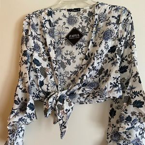 NWT Floral Tie Front Crop Top and High Waisted Set